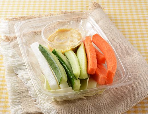 野菜とチキンのコンソメスープ